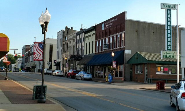 Madisonville Dowtown