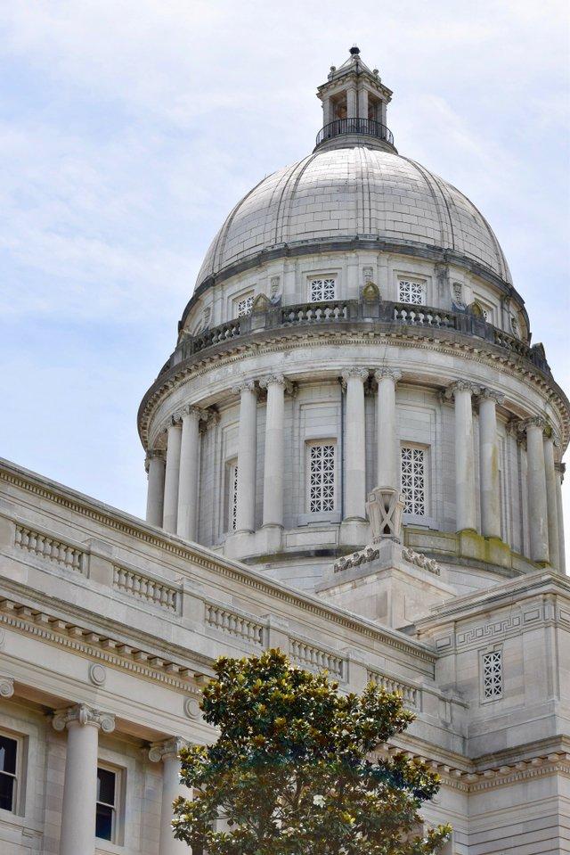 Frankfort Capitol .jpg
