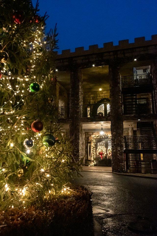 Christmas at the Kentucky Castle_50.jpg