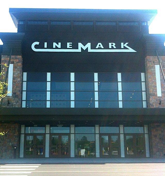Cinemark Mall St Matthews