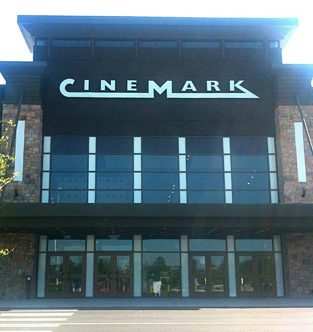 Cinemark Mall St Matthews