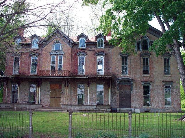 Holt House